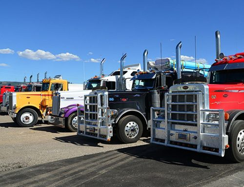 Resources for Truckers to Find Food & Parking During COVID-19